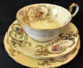 Aynsley  cabinet cup saucer & tea plate.